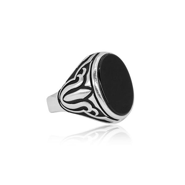 Oniks Taşlı Gümüş Erkek Yüzük VEY-1011