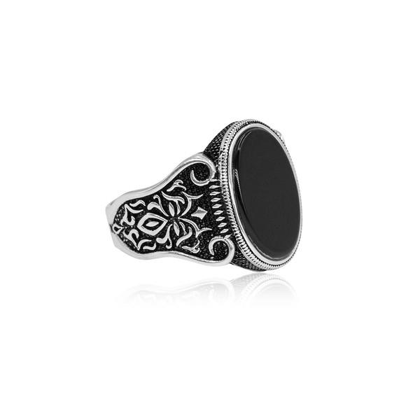 Oniks Taşlı Gümüş Erkek Yüzük VEY-1014